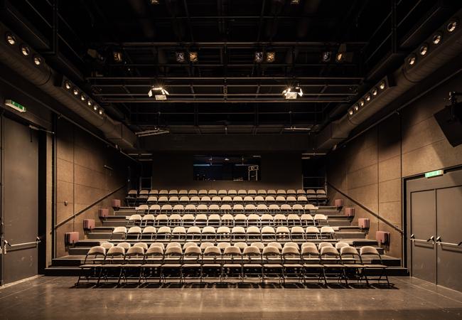 ThePas_petite-salle